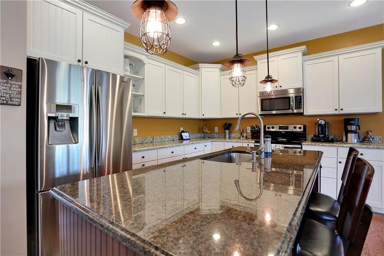 12256 Westmorland Drive Fishers IN 46037 | MLS 21712525 | photo 17