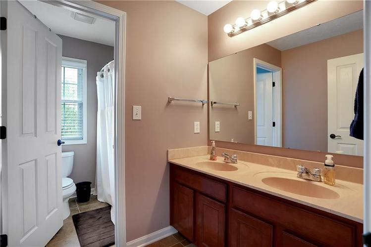 12256 Westmorland Drive Fishers IN 46037 | MLS 21712525 | photo 40