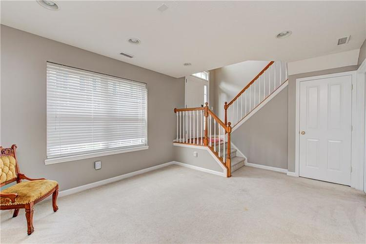 9081 Rider Drive Fishers IN 46038 | MLS 21712530 | photo 13