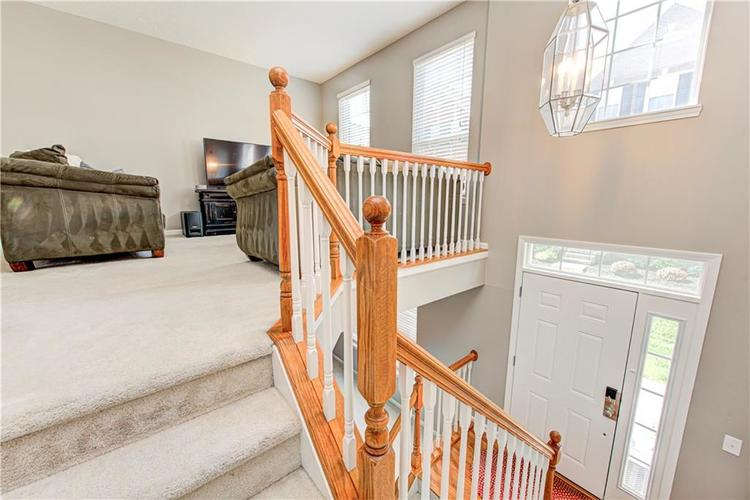 9081 Rider Drive Fishers IN 46038 | MLS 21712530 | photo 2