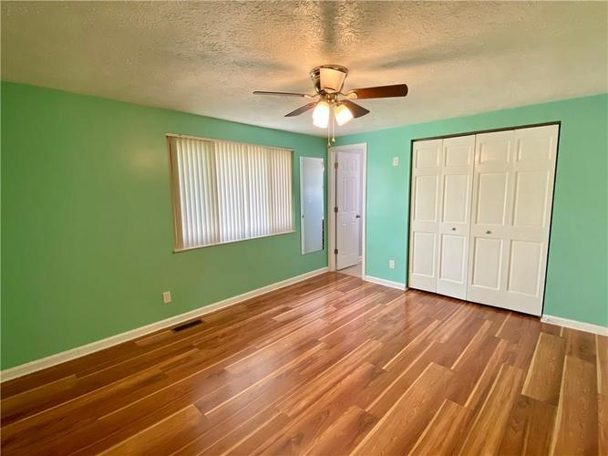 3223 Corey Drive Indianapolis IN 46227 | MLS 21712532 | photo 10