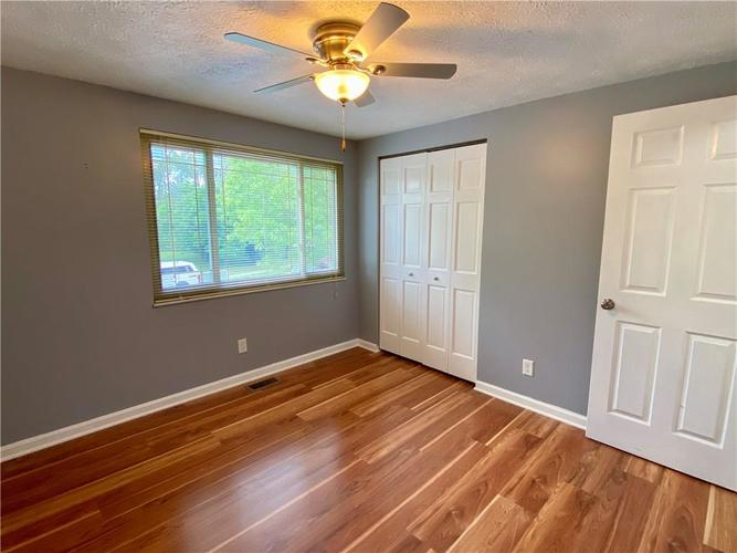 3223 Corey Drive Indianapolis IN 46227 | MLS 21712532 | photo 14