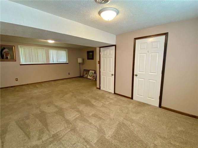 3223 Corey Drive Indianapolis IN 46227 | MLS 21712532 | photo 19
