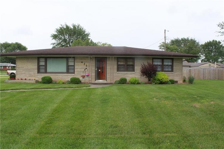431 S Scotty Drive Brownstown IN 47220 | MLS 21712554 | photo 1