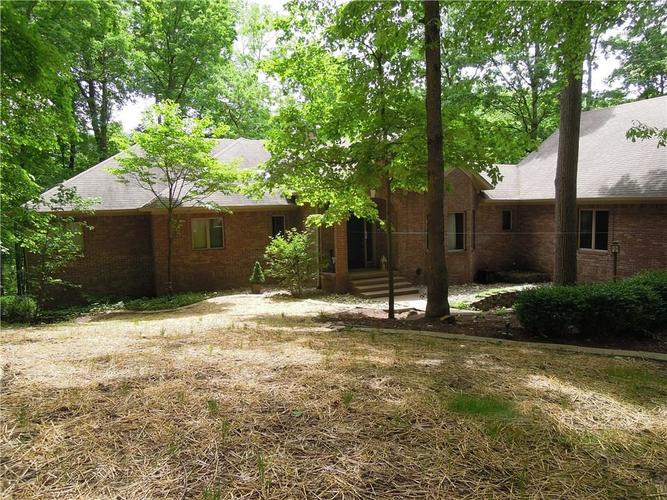 6740 E Woodland Court Mooresville IN 46158 | MLS 21712561 | photo 1