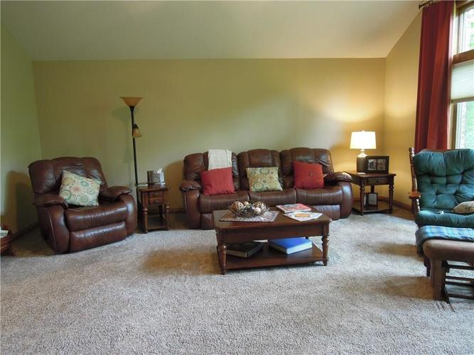 6740 E Woodland Court Mooresville IN 46158 | MLS 21712561 | photo 16