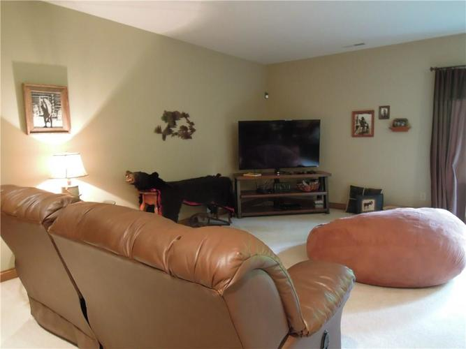 6740 E Woodland Court Mooresville IN 46158 | MLS 21712561 | photo 33