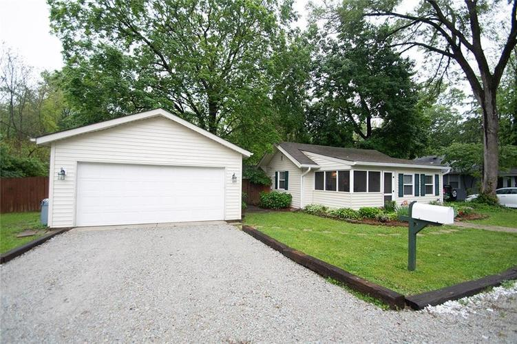 1919 E 67th Street Indianapolis IN 46220   MLS 21712588   photo 2
