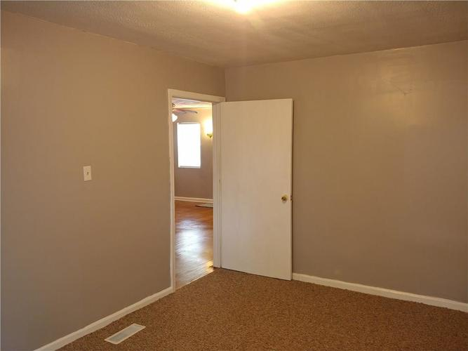 3510 N TACOMA Avenue Indianapolis IN 46218 | MLS 21712611 | photo 15