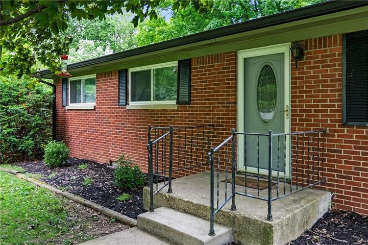 1315 HATHAWAY Drive Indianapolis IN 46229 | MLS 21714627 | photo 4