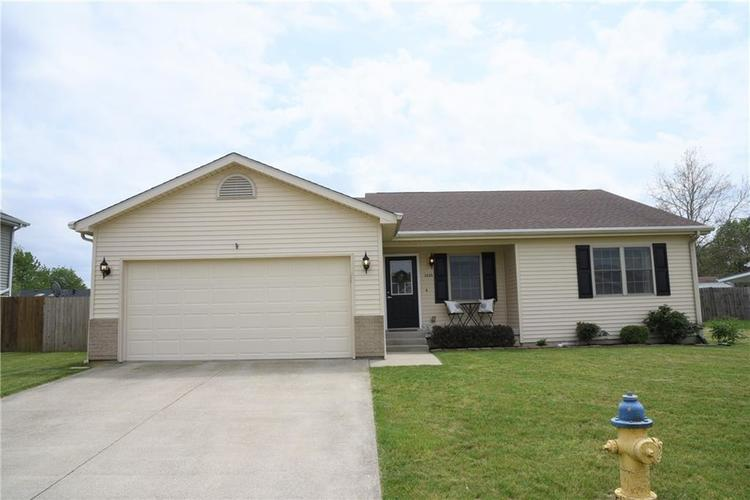 3355 Fall Valley Drive Columbus IN 47203 | MLS 21714631 | photo 1