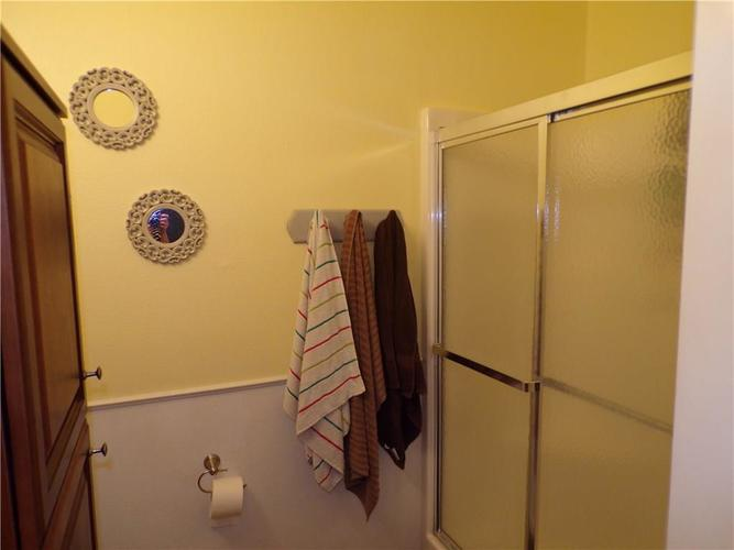 5613 SWEET RIVER Drive Indianapolis IN 46221 | MLS 21714681 | photo 10