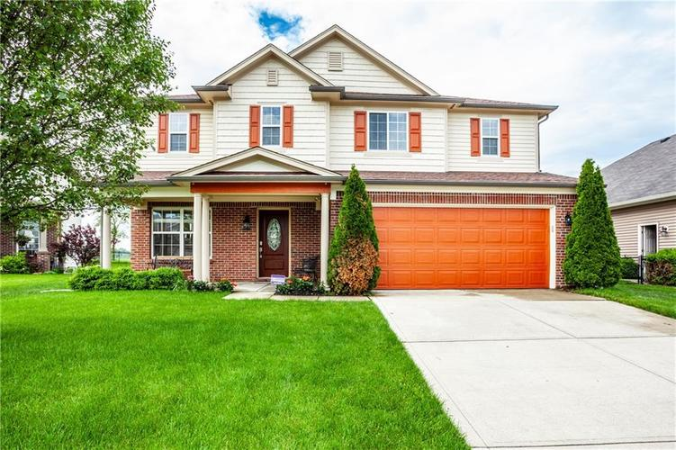8141 HARSHAW Drive Indianapolis IN 46239 | MLS 21714787 | photo 1