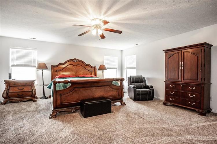 8141 HARSHAW Drive Indianapolis IN 46239 | MLS 21714787 | photo 22
