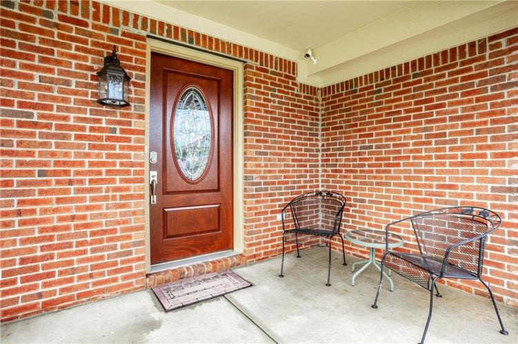 8141 HARSHAW Drive Indianapolis IN 46239 | MLS 21714787 | photo 4
