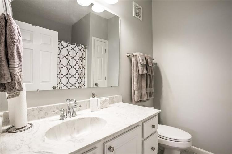 6624 Reserve Drive Indianapolis IN 46220 | MLS 21714796 | photo 23