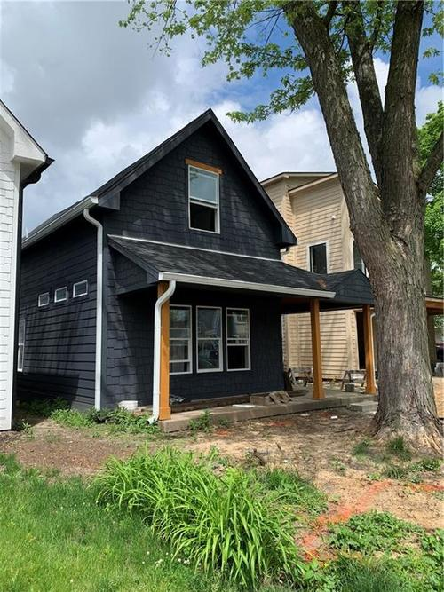 1306 Olive Street Indianapolis IN 46203 | MLS 21714807 | photo 1