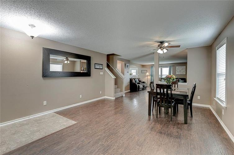 3377 Spring Wind Lane Indianapolis IN 46239 | MLS 21714825 | photo 12