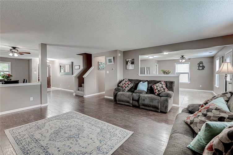 3377 Spring Wind Lane Indianapolis IN 46239 | MLS 21714825 | photo 15