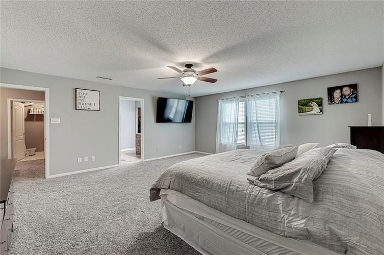 3377 Spring Wind Lane Indianapolis IN 46239 | MLS 21714825 | photo 20
