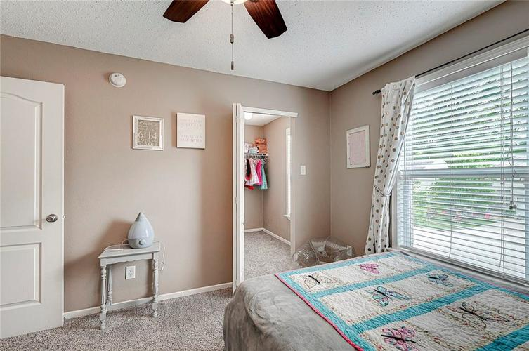 3377 Spring Wind Lane Indianapolis IN 46239 | MLS 21714825 | photo 24