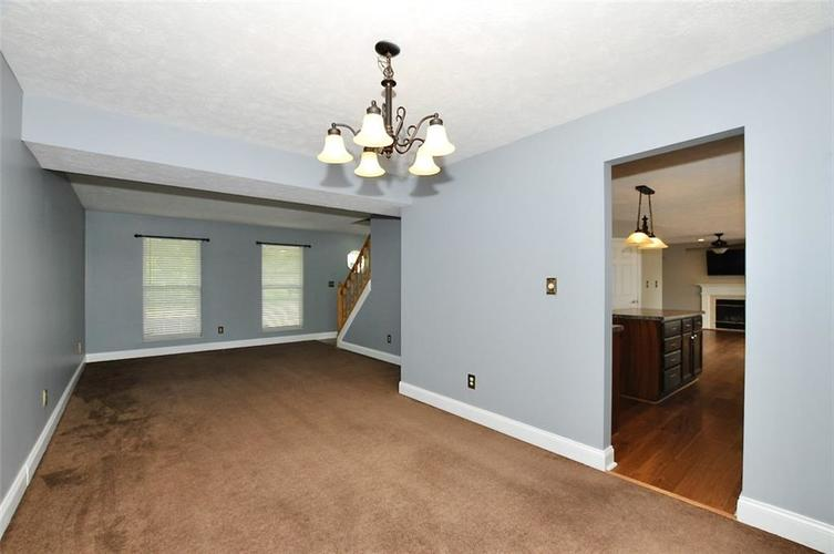 7408 Bancaster Drive Indianapolis IN 46268   MLS 21714915   photo 10