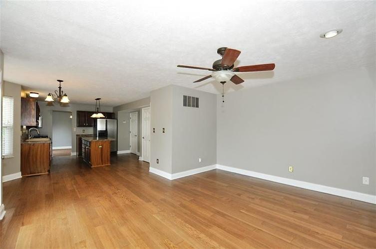 7408 Bancaster Drive Indianapolis IN 46268   MLS 21714915   photo 21