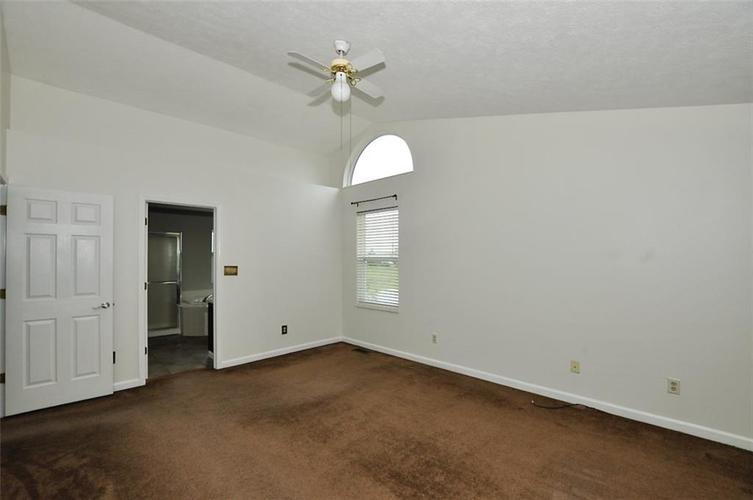 7408 Bancaster Drive Indianapolis IN 46268   MLS 21714915   photo 28