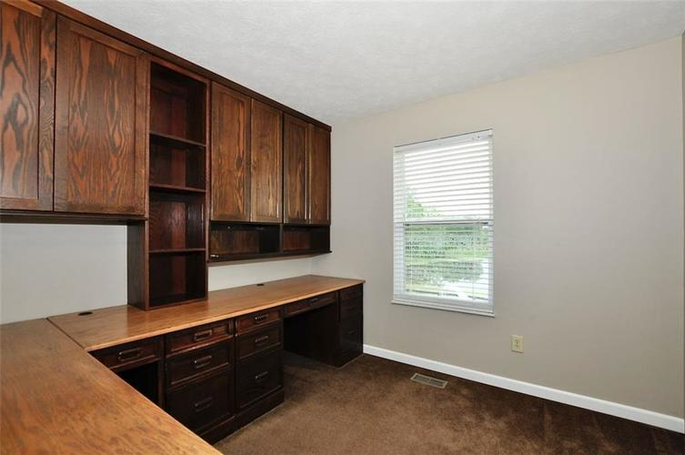7408 Bancaster Drive Indianapolis IN 46268   MLS 21714915   photo 32