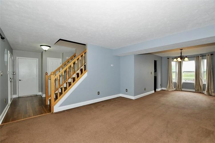 7408 Bancaster Drive Indianapolis IN 46268   MLS 21714915   photo 5