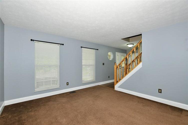 7408 Bancaster Drive Indianapolis IN 46268   MLS 21714915   photo 6