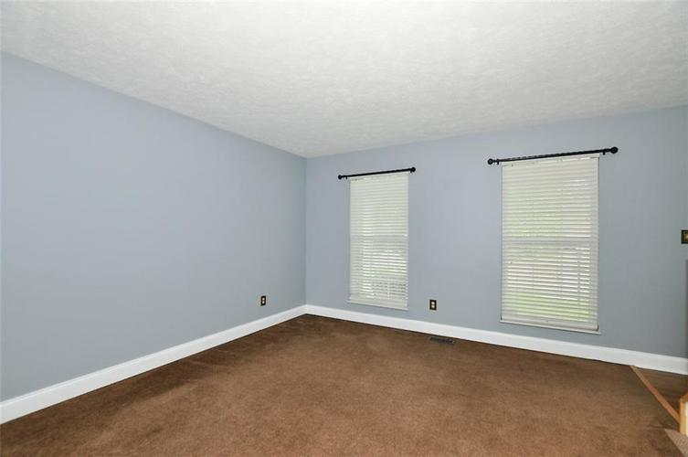 7408 Bancaster Drive Indianapolis IN 46268   MLS 21714915   photo 7