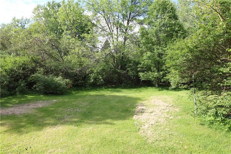 12510 E 75th Street Indianapolis IN 46236 | MLS 21714949 | photo 2