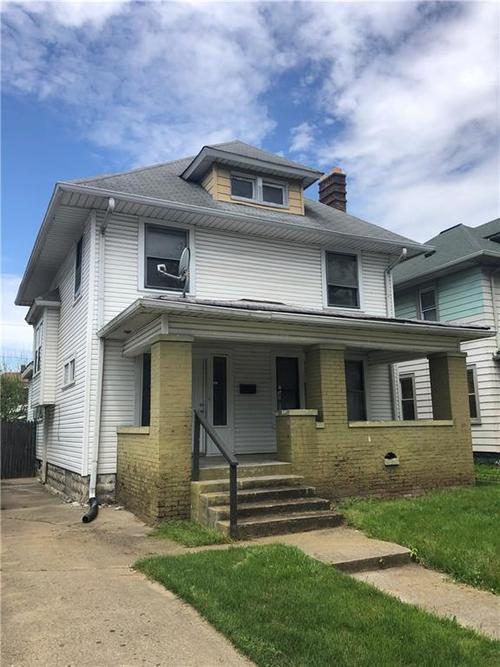 214 N Tremont Street Indianapolis IN 46222 | MLS 21714953 | photo 1