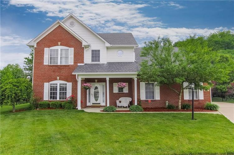 8204 STONEY BEND Circle Indianapolis IN 46259 | MLS 21714982 | photo 1