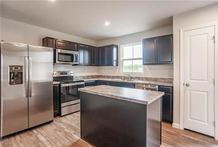 13831 N Zenas Court Camby IN 46113 | MLS 21715002 | photo 6