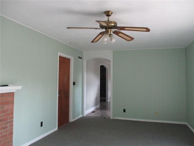 3383 S State Road 47 Crawfordsville IN 47933 | MLS 21715007 | photo 8