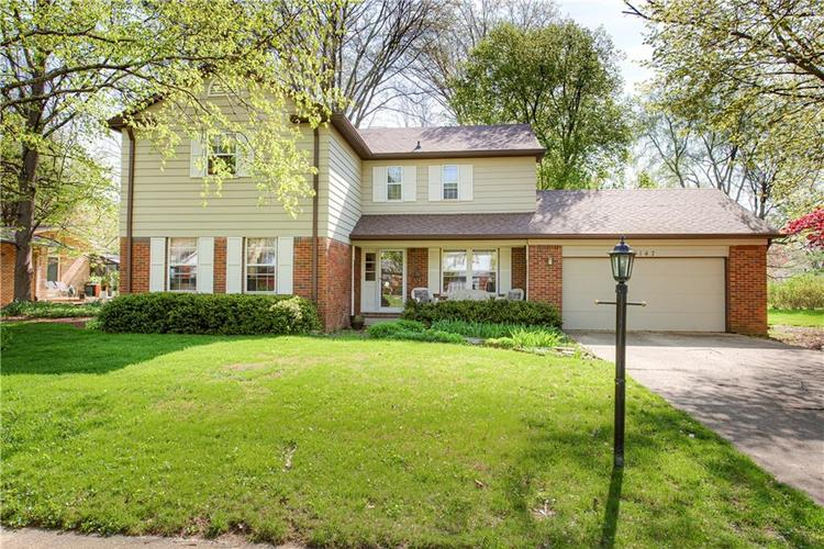 8147 Hoover Lane Indianapolis IN 46260   MLS 21715044   photo 38