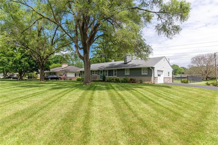 5803 N Parker Avenue Indianapolis IN 46220 | MLS 21715142 | photo 2