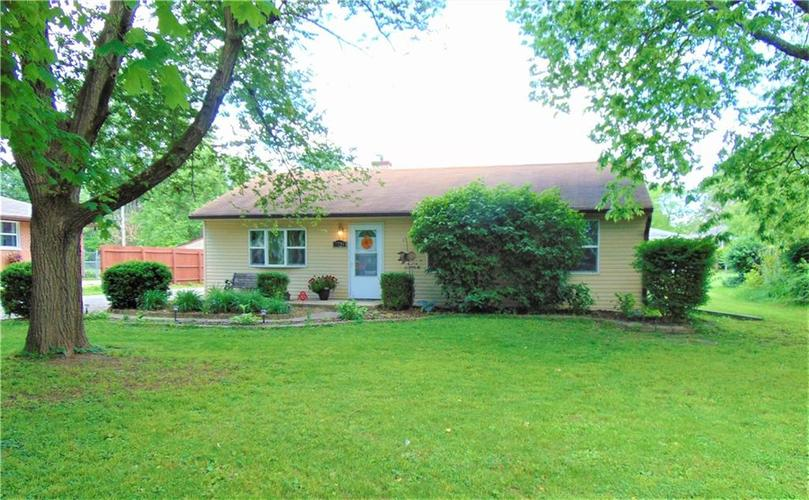 7729 MARY Lane Indianapolis IN 46217 | MLS 21715166 | photo 1