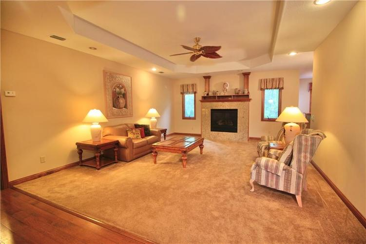 5836 Hickory Woods Drive Plainfield IN 46168 | MLS 21715175 | photo 5