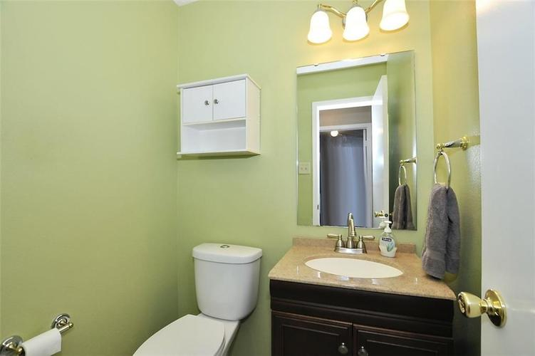 682 Holly Rose Way New Whiteland IN 46184 | MLS 21715181 | photo 21