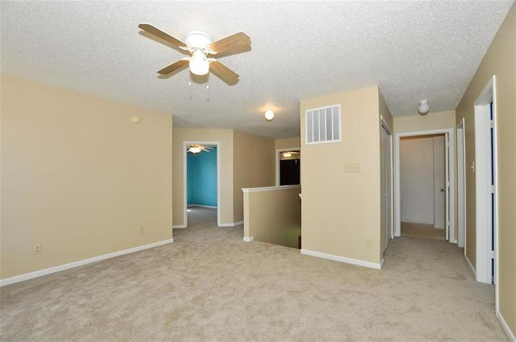 682 Holly Rose Way New Whiteland IN 46184 | MLS 21715181 | photo 24