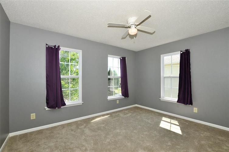 682 Holly Rose Way New Whiteland IN 46184 | MLS 21715181 | photo 28