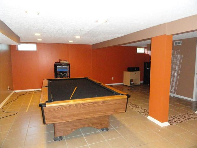 5675 Abercromby Circle Indianapolis IN 46254 | MLS 21715285 | photo 13