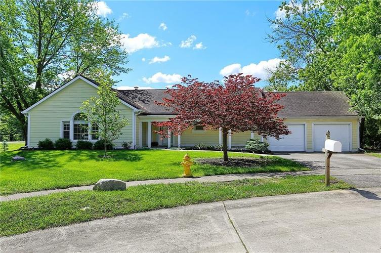 12905 Wembly Court Carmel IN 46033   MLS 21715370   photo 1