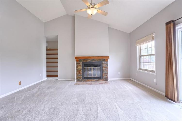12905 Wembly Court Carmel IN 46033   MLS 21715370   photo 8