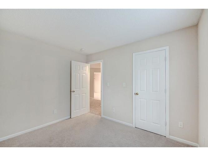 7062 Dublin Lane Indianapolis IN 46239 | MLS 21715518 | photo 20