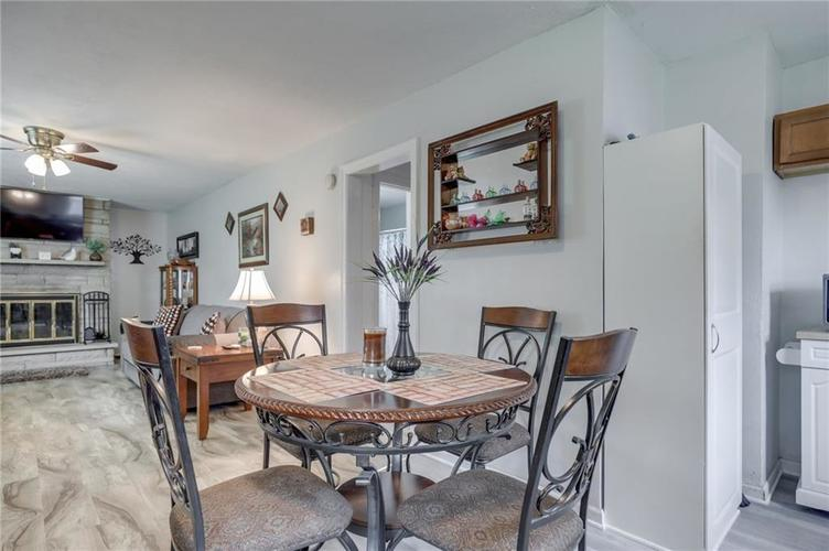 4401 Millersville Road Indianapolis IN 46205 | MLS 21715667 | photo 12