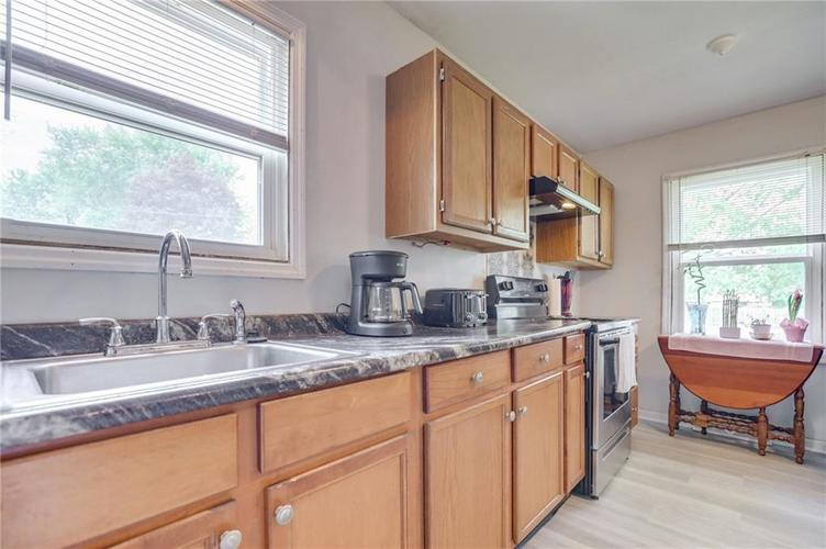 4401 Millersville Road Indianapolis IN 46205 | MLS 21715667 | photo 14